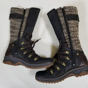 Merrell Waterproof Lace Up Boots sz 8